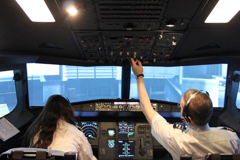110651_Airbus20A320_14